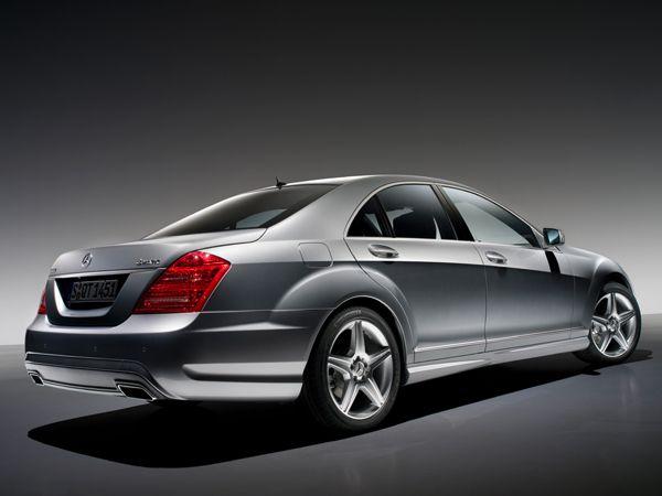 2010-mercedes-benz-s-class-amg-rear
