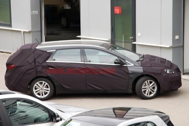 hy-i40-wagon-4-copy