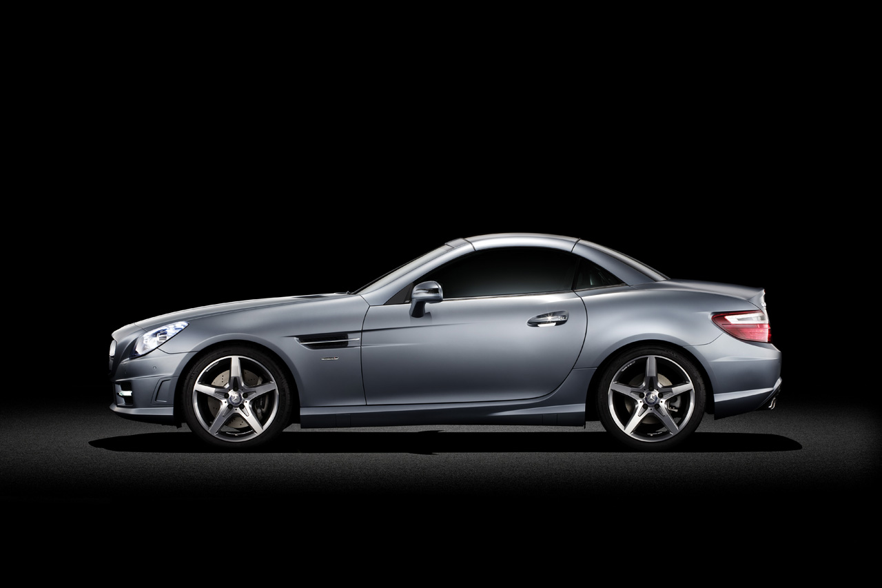 2012 mercedes benz slk gets official debut. Black Bedroom Furniture Sets. Home Design Ideas