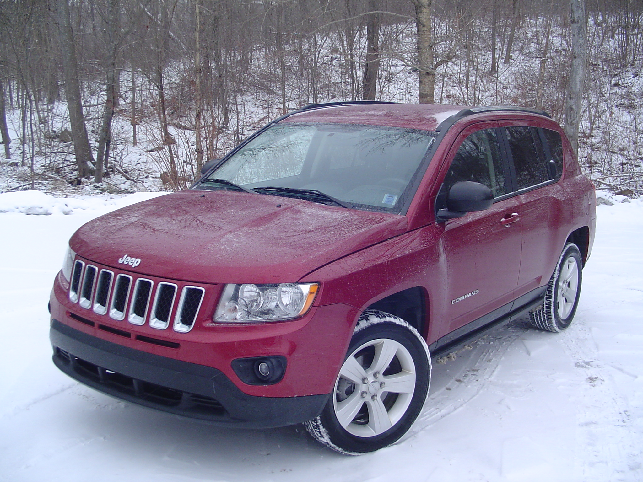 test drive 2012 jeep compass north 4 4. Black Bedroom Furniture Sets. Home Design Ideas